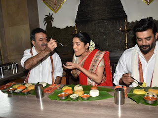 Madhavan Ritika singh enjoying South Indian Food together photos