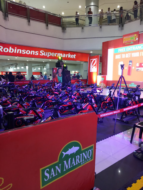 ROBINSONS METRO EAST IN DOOR BIKE CHALLENGE
