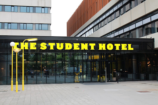 Red Chilli Lounge : Review // The Student Hotel Amsterdam City