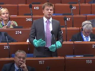 Russie / Ukraine: l'abdication du Conseil de l'Europe dans - DROITS APCE