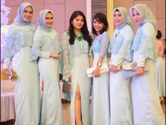 Baju Seragam Pernikahan Untuk Pengantin Muslimah