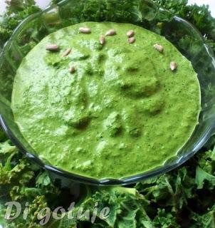 Pesto z jarmużu (z pestkami słonecznika)