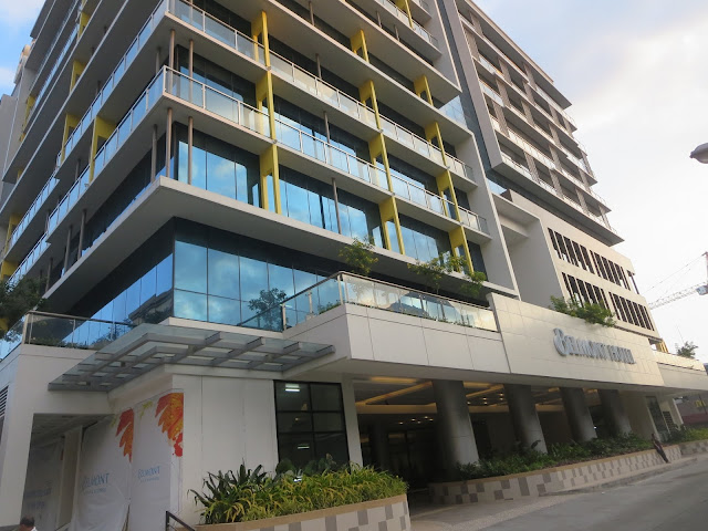 Located Near Ninoy Aquino International Airport Terminal 3 And Within Newport City This 4 Star Hotel Is Best For Travelers Who D Like Have A Taste Of