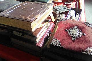 Libros antiguos en Granadantigua