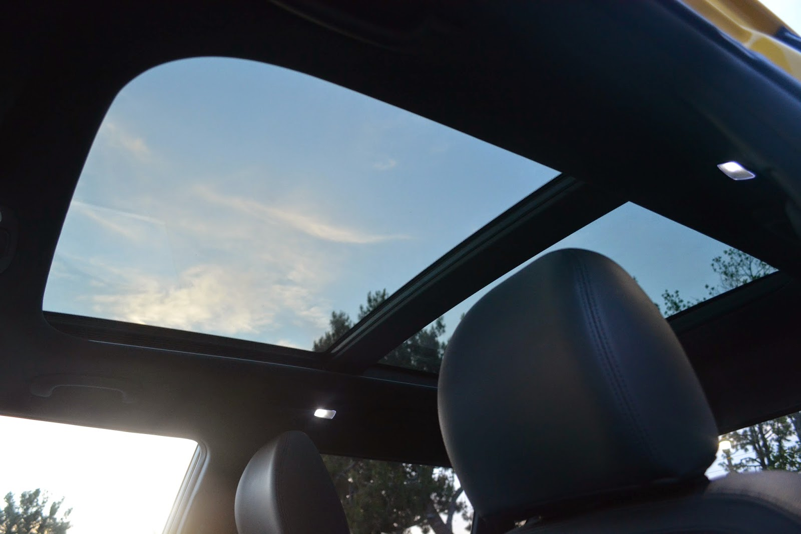 I Love That The Awesome Panoramic Sunroof Found On Kia Optima Has Finally Come To Soul Imagine Looking At Stars Or Rain