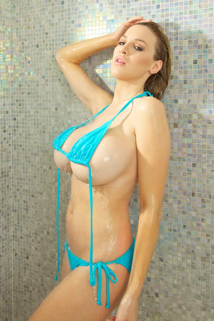 Jordan-Carver-shower-non-nude-picture-27