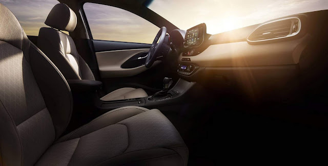 2018 Hyundai Elantra GT Hatch / i30 - interior