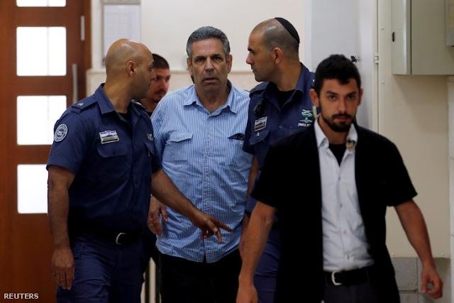 Súlyos börtönbüntetést kapott Izraelben egy Iránnak kémkedő volt miniszter