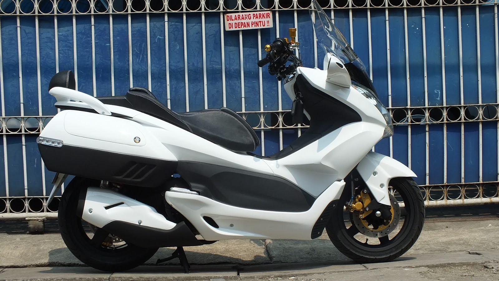 Modifikasi JOK MOTOR JOK HONDA PCX Model SOFA GARIS Pesanan Mr