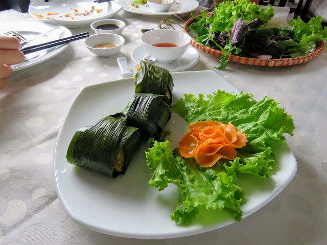 Vietnamese spring rolls on Paloma Cruises Halong Bay