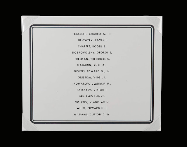 Plaque with 14 names