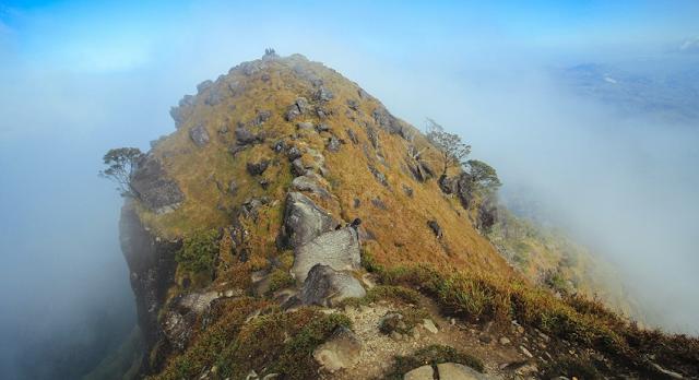 Pos kesembilan menuju puncak Gunung Bulusaraung
