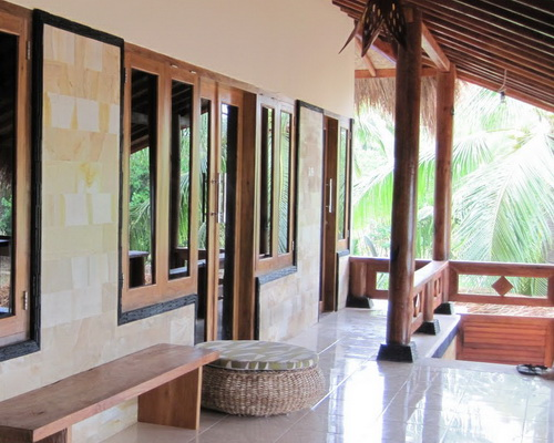 www.Tinuku.com IstanaOmbak Eco Resort in Pacitan combines surf culture and architecture coastal ethnographic