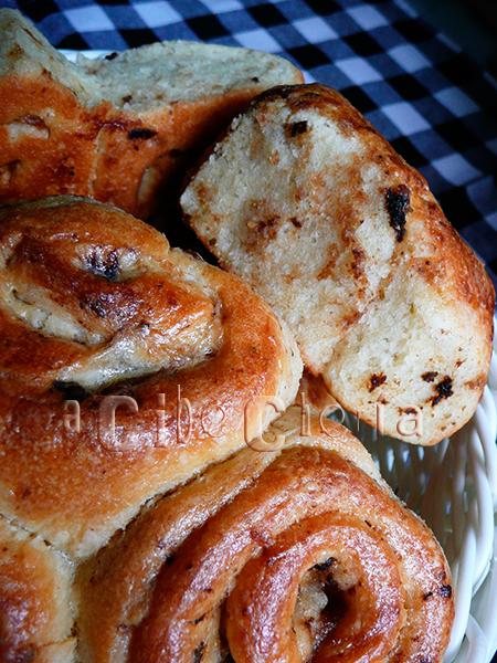 Pan de ajo negro - pull-apart