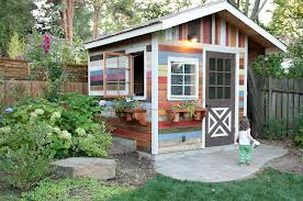 Cute Country Shed..love the colors