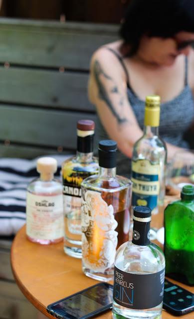 5-meilleurs-gins-quebecois,gin-piger-henricus,gin-hibiscus,gin-beorigin,gin-thuya,gin-canopee,madamegin,madame-gin