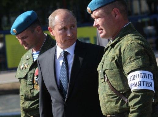 Путин проверяет готовность войск ВДВ