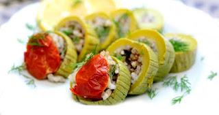 Stuffed Zucchini (Zeytinyagli Kabak Dolmasi)