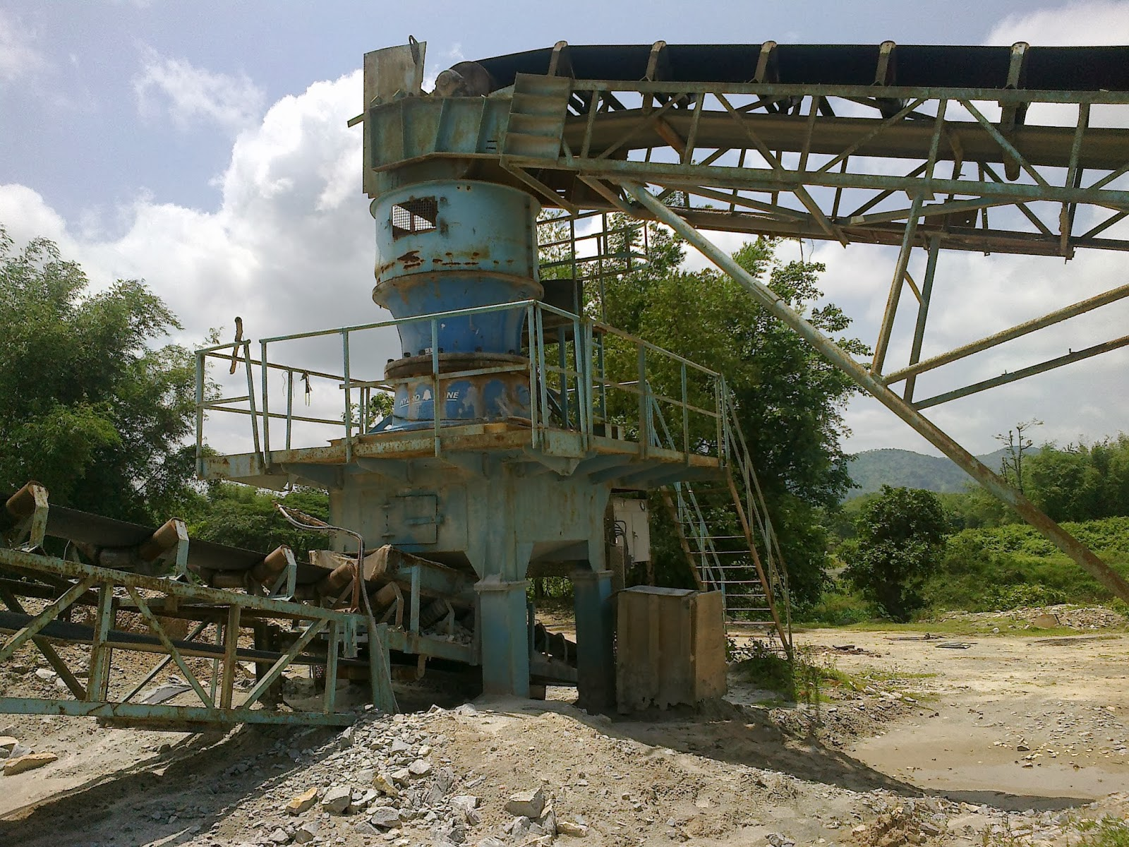 Small Crusher for sale, concrete crusher, aggregate crusher, crushing machine, crusher equipment,