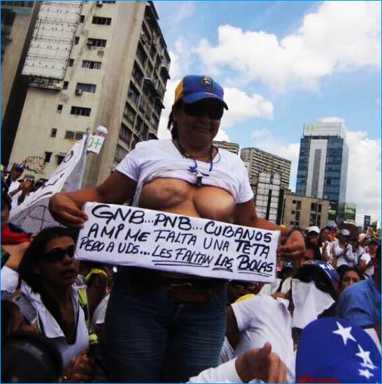 marcha 6m venezuela mujeres marchando desnudas