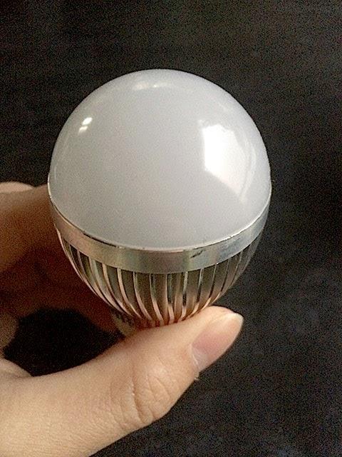ノーブランドLED電球