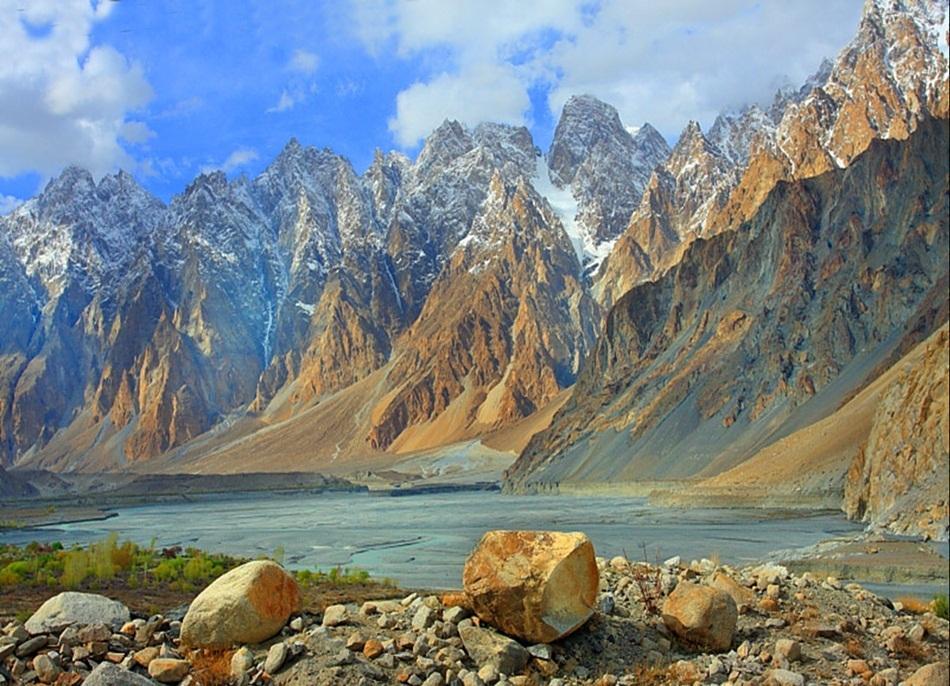 Amaze Pics & Vids: Colorful Nature