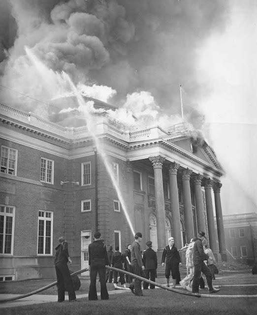 26 January 1941 worldwartwo.filminspector.com Hampton Roads fire