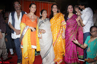Shraddha Kapoor, Padmini Kolhapuri, Shakti Kapoor, Jackie Shroff, Asha Bhosle, Jitendra and other Bollywood Celebrities at Inauguration Of Pandit Padharinath Kolhapure Marg Exclusive  32 (2).JPG