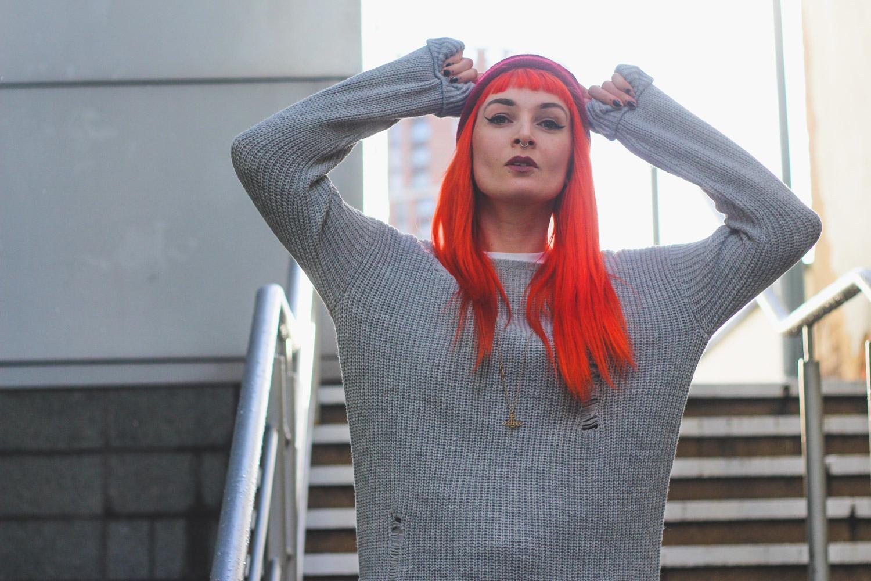 Alternative Fashion Blogger Foxxtailz in Tobi