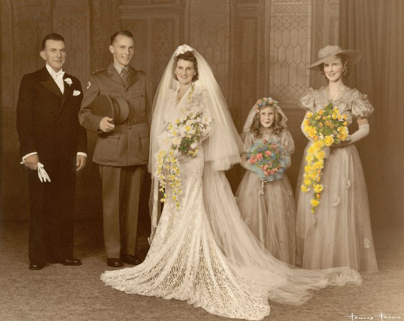 Wedding In Colorized Photography: The Best Way To Make
