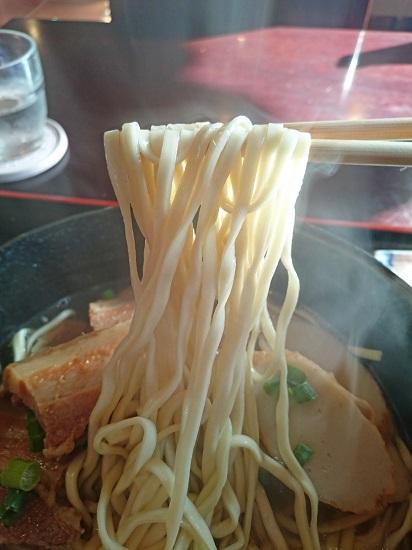 アグーそばの麺の写真
