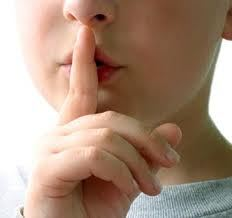 jangan berbicara saat imam melakukan khutbah sholat jumat