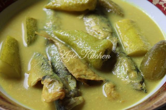 Nasi Berlauk Kelantan