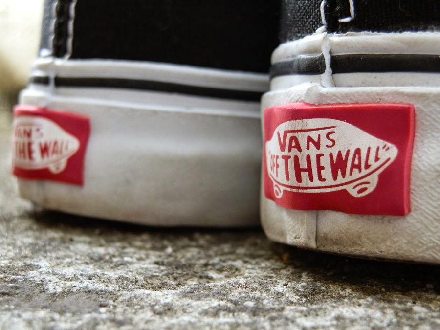 Cara membedakan sepatu VANS Original dengan yang palsu   replika ... ba09c4af5a