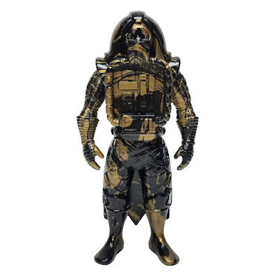 Draco Knuckleduster Marbled Black & Gold Edition Vinyl Figure by Killer Bootlegs