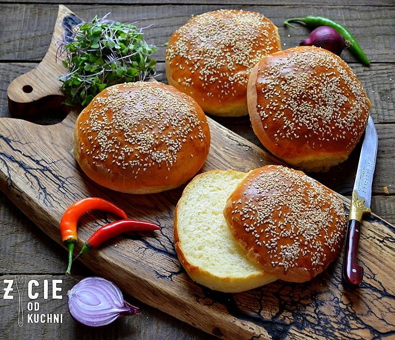bylki, domowe burgery, bulki z sezamem, jak upiec bulki do burgerow, ciasto drozdzowe, zycie od kuchni