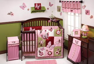 dormitorio bebé verde rosa