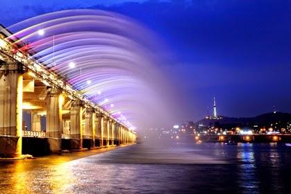 สะพานบันโพ (Banpo Bridge)