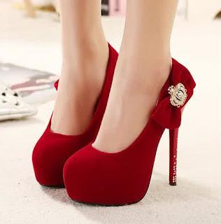 Model Sepatu High Heels Wanita Warna Merah 2016