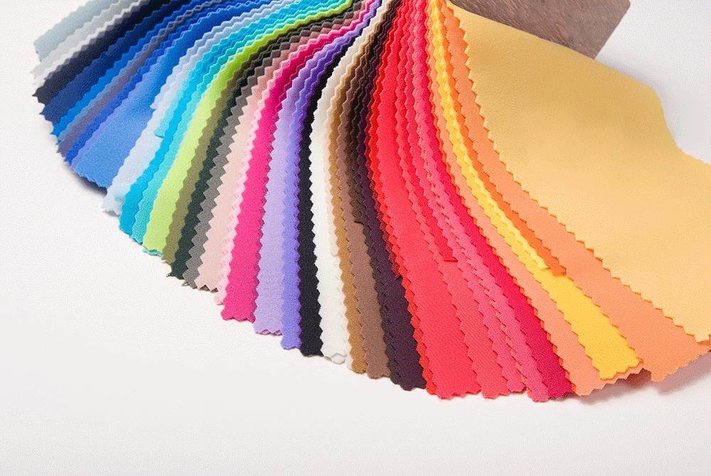 Iris Tinunin, Consulente di Immagine, Influencer, Forte dei Marmi, armocromia, armocromista, analisi del colore, bodyshape, body shape, analisi della figura, in palette, palette