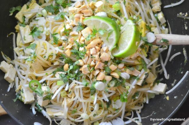 Vegetarian Pad Thai made with tofu