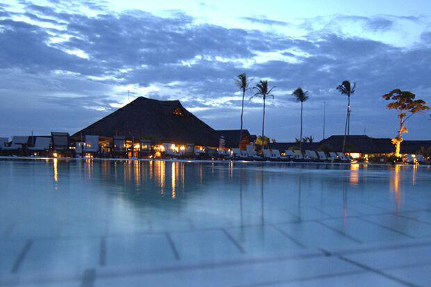 Piscina do Club Med Trancoso, no Sul da Bahia (Foto: Divulgação)