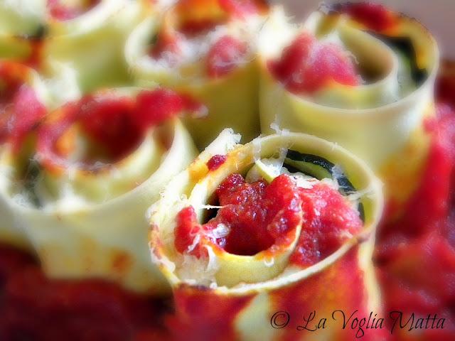 Rotolini di sfoglia con ricotta e zucchine