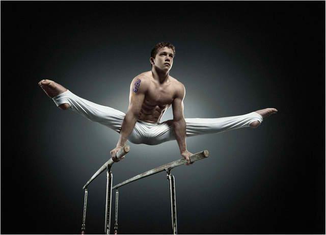 Gymnastic Naked Body 98