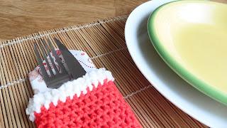 bota calcetín navidad crochet ganchillo mesa cubiertos