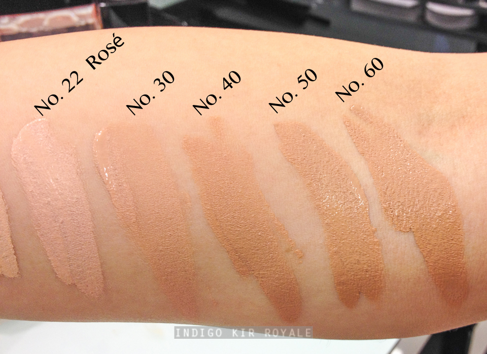 Les Beiges Healthy Glow Gel Touch Foundation  SPF 25 by Chanel #9