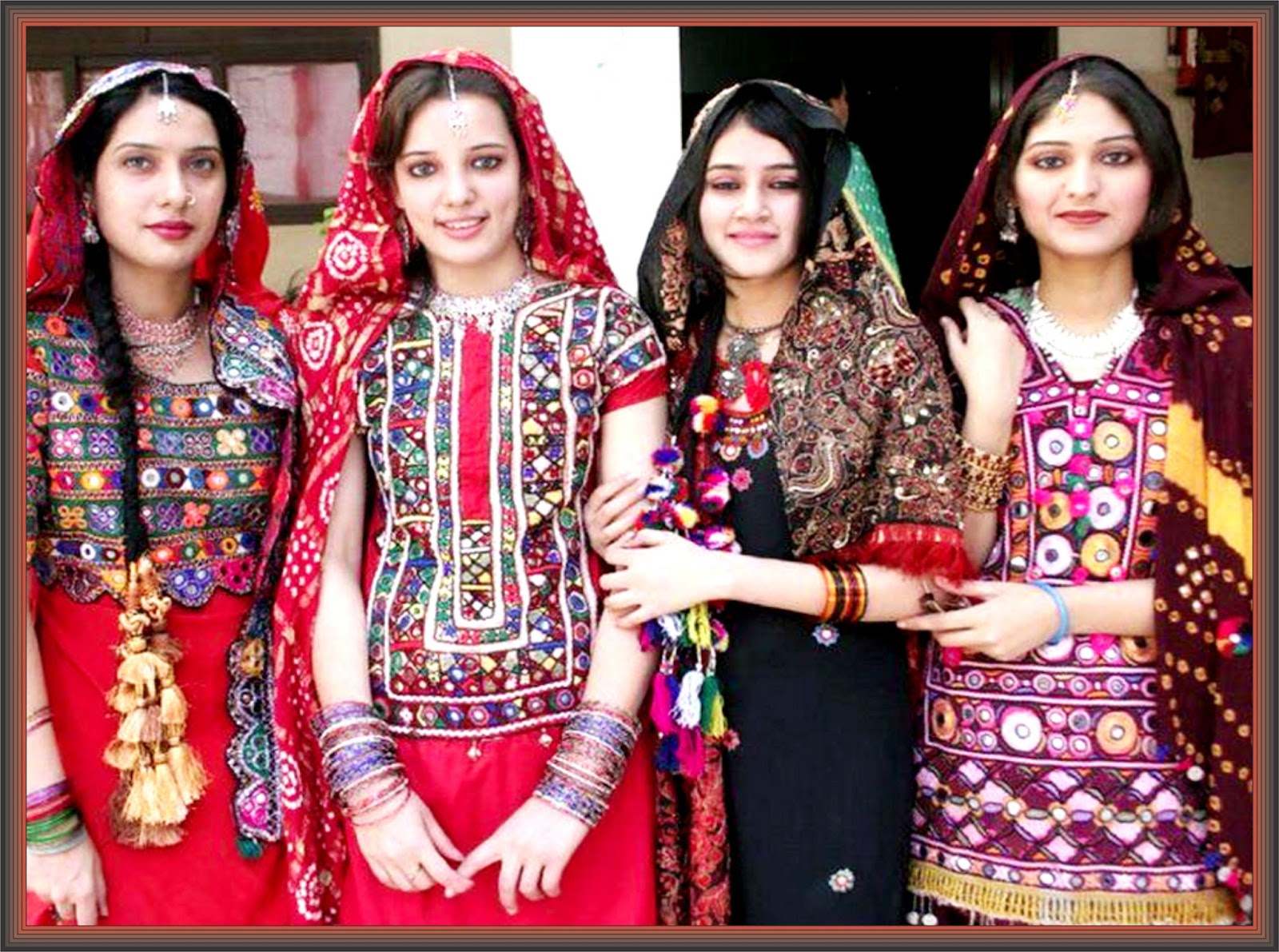study essay on customs of sindhi embroidery of sindh education  study essay on customs of sindhi embroidery of sindh