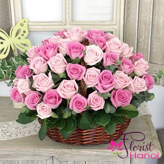 Love flower arrangement Hanoi