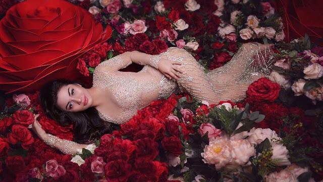 Pose Sensual Ariel Tatum hingga Marion Jola, Siapa Favorit Anda?