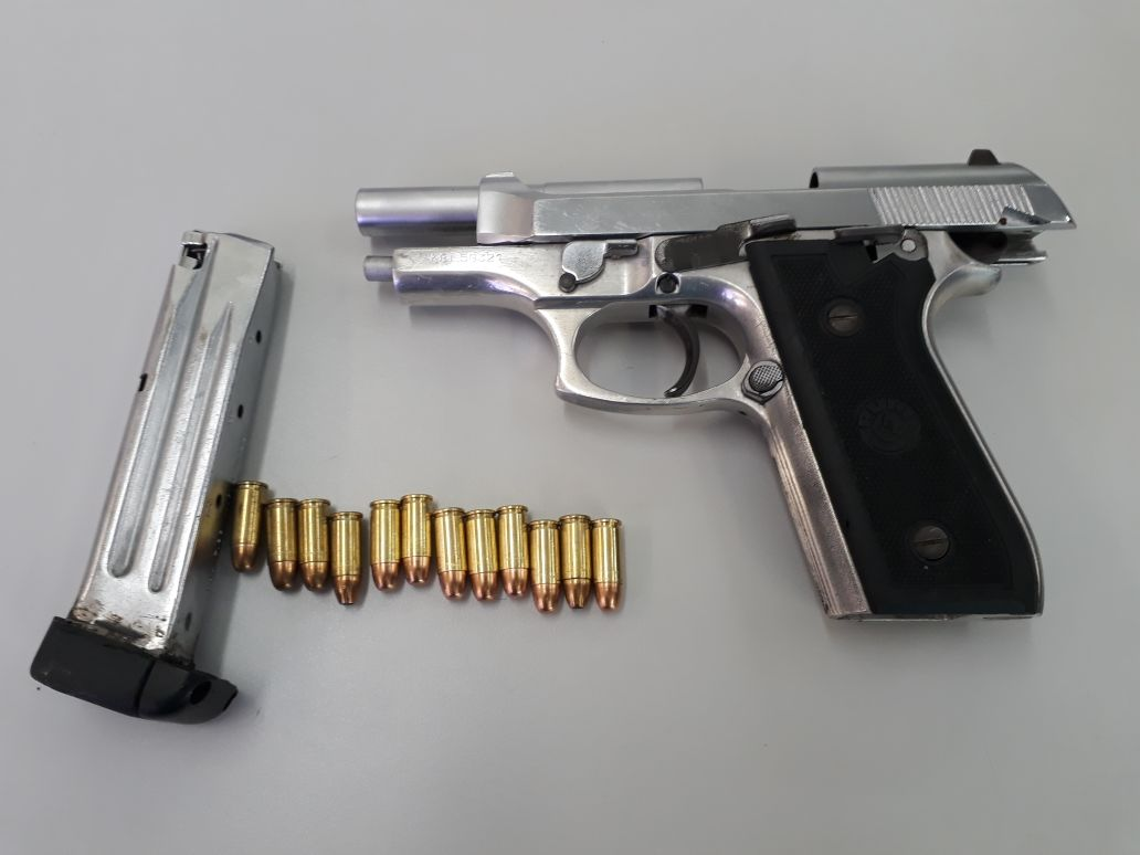 informativo flagrante mulher É presa com pistola 765 apÓs